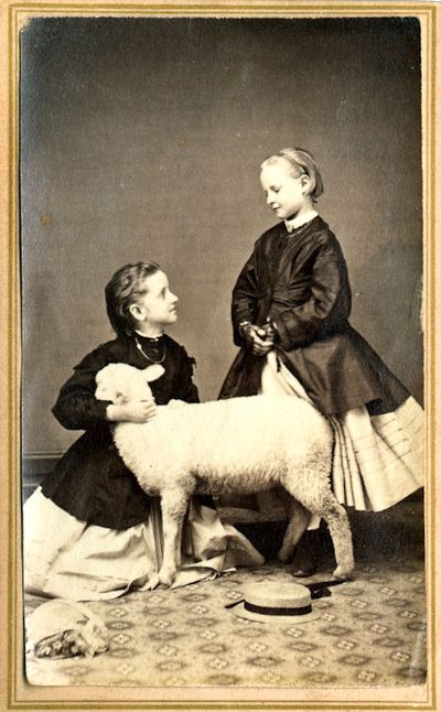Children2withlamb