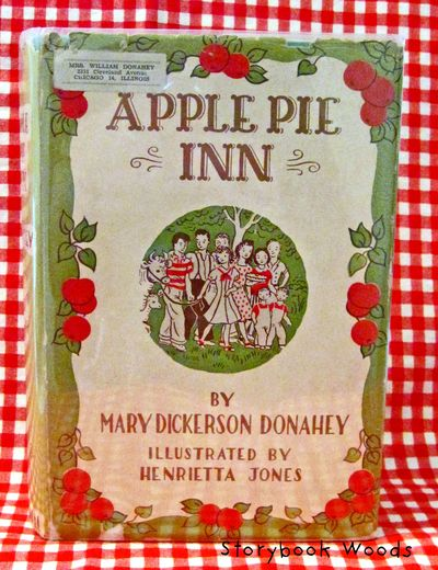 Apple pie inn2