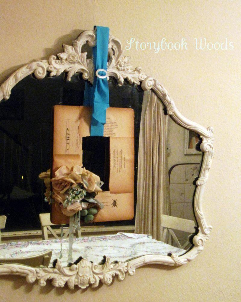 Book wreath 606