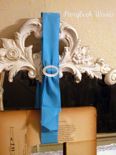 Book wreath 3