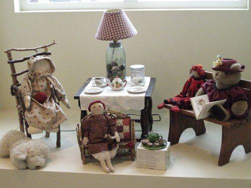Dolls tea party 004